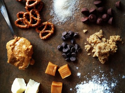 256Recipe: Pretzel Chocolate Chip Peanut Butter Caramel Cookies