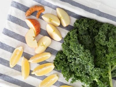 1270Recipe: Spicy Kale, Apple, and Lemon Juice