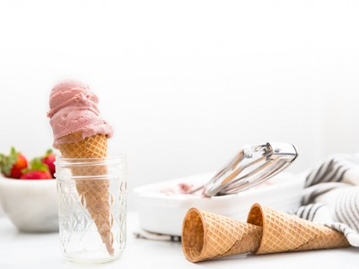 1428Recipe: Vegan Roasted Strawberry-Rhubarb Ice Cream