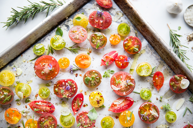 Slow-Roasted-Tomatoes_@JuliesKitchen