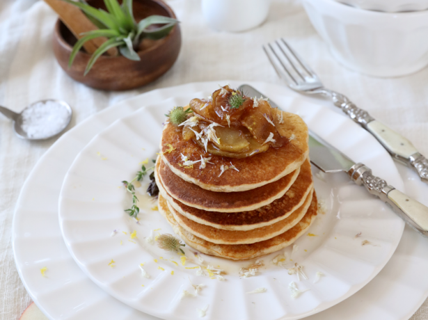 1990A recipe: Chai Spiced Pancakes with Apple Compote